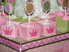 The Chica Boutique Cupcake Holders