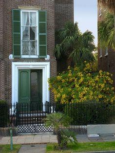 """Green Door"" by TravelPod blogger nanseaj from the entry ""Enchanting Charleston"" on Wednesday, November 18, 2009 in Charleston SC"