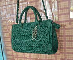 Crochet Clutch Bags, Crochet Bags, Brokat, Crochet Accessories, Handmade Bags, Straw Bag, Diy And Crafts, Handbags, Stitch