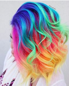 Pin de rebecca em mermaid hair em 2019 hair, hair styles e d Bold Hair Color, Hair Dye Colors, Rainbow Hair Colors, Bright Hair Colors, Bright Purple, Colours, Red Purple, Vibrant Colors, Luxy Hair