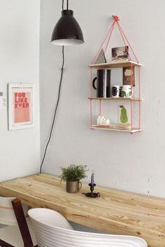 Bom dia fiorellini  pequeno espaço a solução è prateleira, nicho suspenso ou cubo, eles resolvem qualquer problema de falta de espaço de ...