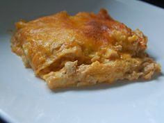 Cassie Craves: Buffalo Chicken Lasagna  1 12-ounce can evaporated milk 1 1-ounce packet dry Ranch dressing mix 1 can cream of celery soup 3/4 cup hot sauce 2 cups cooked shredded chicken 9 no-boil lasagna noodles 3 cups shredded cheddar cheese