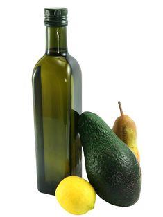 AuchOlivenöl enthält viele Omega-3-Fettsäuren, welche entzündungshemmend wirken und so präventiv gegenKrebs vorbeugen sollen.