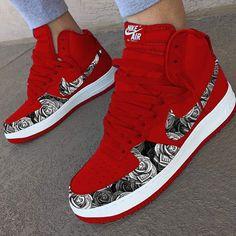 Behind The Scenes By sneakerflock Red Nike Shoes, Cute Nike Shoes, Nike Shoes Air Force, Kicks Shoes, Allbirds Shoes, Sneakers Mode, Cute Sneakers, Red Sneakers, Sneakers Fashion