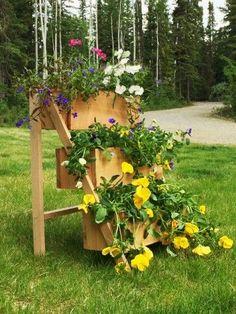 $10 Cedar Tiered Flower Planter or Herb Garden - STARTER PROJECT Level - Ana White