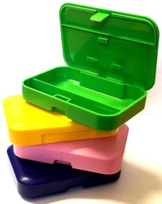 CIGARETTE TOBACCO STRONG HARD TOUGH PLASTIC BRIGHT CASE BOX with PAPER HOLDER