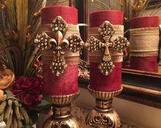 Tuscan style – Mediterranean Home Decor Tuscan Decorating, Decorating Tips, World Decor, Blue Candles, Mediterranean Home Decor, Luxury Candles, Home Decor Kitchen, Tuscan Kitchen Decor, Cheap Home Decor