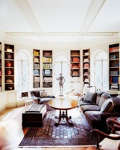 Home Tour: Inside a Classical Hamptons Mansion via @domainehome