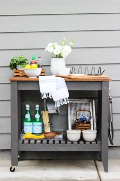 Chic Little House: DIY BBQ Grill Cart