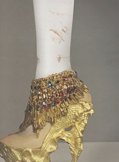 Alexander McQueen's butterfly shoes for S/S 2011