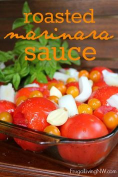 Marinara Sauce How to make roasted marinara sauce from scratch -- only fresh ingredients from your garden or farmer's market!How to make roasted marinara sauce from scratch -- only fresh ingredients from your garden or farmer's market! Marinara Sauce From Scratch, Sauce Marinara, Fresh Tomato Marinara Sauce, Pasta Marinara, Roasted Tomato Sauce, Roasted Tomatoes, Sauce From Fresh Tomatoes, How To Roast Tomatoes, Fresh Tomato Spaghetti Sauce