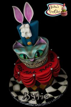 ...Alice in Wonderland Cake☆★♡♥  Amazzzing
