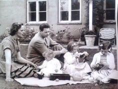 Michael I Of Romania, Romanian Royal Family, Casa Real, Royal Babies, Eastern Europe, Descendants, Amen, Queens, History