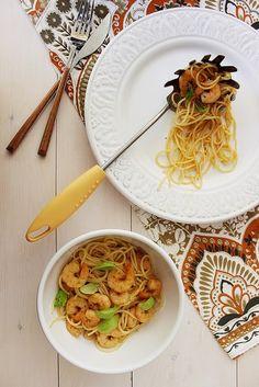 Esparguete com Camarão Frito