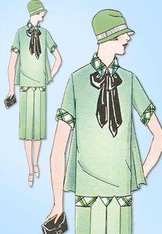 1920s VTG Ladies Home Journal Sewing Pattern 4979 FF Flapper Dress w Cape Back