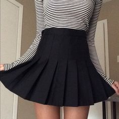 Black Pleated Tennis Skirt AA Jeans dupe. Perfect condition! NOT AUTHENTIC American Apparel Skirts Mini