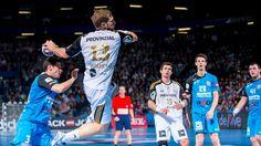Heute wird's heiß, denn es geht um alles - das Ende der Gruppenphase // K.O.-Runde, das letzte Vorrundenspiel der #Zebras bis zum Einzug ins Achtelfinale der EHF Champions League. Der deutsche Rekordmeister THW Kiel tritt gegen den weißrussischen Meister HC Meshkov Brest an. Während die Kieler ihren Platz im Achtelfinale schon sicher haben, gilt es für die Weißrussen, ordentlich zu kämpfen. Ob _wir uns wieder auf ein echtes Krimi-Handball-Spiel freuen können?