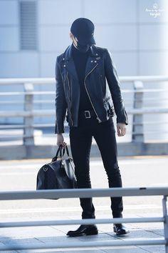 Resultado de imagem para yoongi clothes black