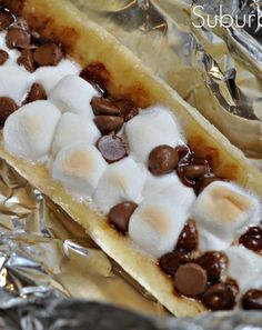 Make these delicious banana boats on the fire, bbq or in the oven. Great kids' snack! Suburble.com