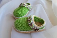 Hey, I found this really awesome Etsy listing at https://www.etsy.com/uk/listing/552103293/crochet-pattern-baby-shoes-crochet