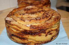 Eu sou Gulosa!: Folar de Olhão Portuguese Desserts, Portuguese Recipes, Algarve, How To Make Bread, Flan, Cheesecakes, Sweet Recipes, Deserts, Good Food