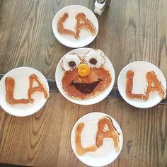 "@eliskitchenwarren: ""Elmo loves pancakes... #kidsloveelis  #comfortfood #homecooked #lilrhody #brunch #deliciousness #handmade #farmfresh #farmtofork #rieats #eatlocal #yum #tasty #elmo"""