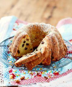 Hedelmäkakku | Maku Biscuits, Bread, Ethnic Recipes, Sweet, Food, Kite, Cookies, Essen, Biscuit