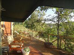Terrasse #tentesafari  #Glamping à Clermont-Pouyguillès (Gers – 32) en Midi-Pyrénées | Glamping en France