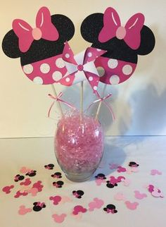 Minnie Mouse Happy Birthday Party by SmileBeforeOpening on Etsy Minie Mouse Party, Minnie Mouse Birthday Decorations, Minnie Mouse Theme Party, Minnie Mouse Baby Shower, Minnie Birthday, Mouse Parties, Birthday Party Centerpieces, Birthday Party Tables, Happy Birthday Parties