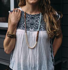 Mabel Silicone + Wood Necklace – Mama Gems