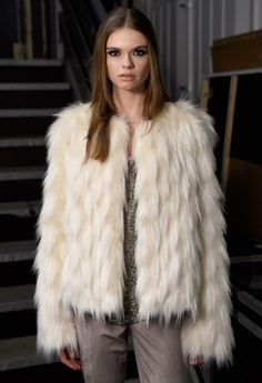 Jacke Fakefur Fur Coat, Fashion, Jackets, Moda, Fur Coats, Fasion
