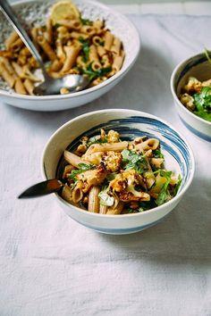 roasted garlic + cauliflower pasta w/ walnuts (vegan + gluten-free) // via @thefirstmess