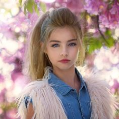 Mood of the day : We love Spring time . It is time for renewal , blooming , longer days and beautifu - jade_weber_official The Most Beautiful Girl, Beautiful Children, Beautiful Eyes, Young Models, Child Models, Cute Young Girl, Cute Girls, Jade Weber, Cute Beauty