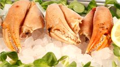 Bocas cocidas pequeñas. Pinzas de cangrejo cocidas congeladas. Presentadas en bolsa de 600 gramos. Cada bolsa contiene 10 piezas aproximadamente. $13.12