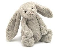 The Bashful Bunny from the JellyCat range is super cute. This beautiful plush bunny is gorgeous with its long soft beige ears and pink bunny nose. So soft and cuddly, this bashful beige bunny would make a beautiful cot companion for a new baby! Bunny Plush, Bunny Toys, Bunnies, Chat Rose, Beige, Baby Kind, All Toys, Bunny Rabbit, Collage