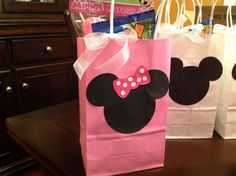 Minnie and Mickey Mouse gift bags.