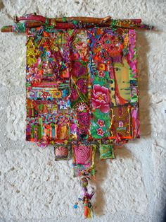 I have a dream Art Textile Présentation Art Fibres Textiles, Textile Fiber Art, Textile Artists, Sewing Art, Sewing Crafts, Sewing Projects, Creative Textiles, Fabric Journals, Found Object Art