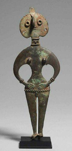Diosa de bronce de Siria. Años 1950-1750 a. Cristo
