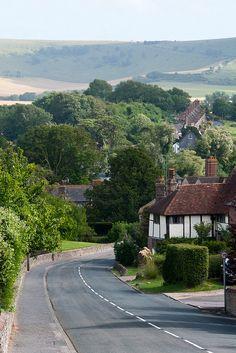 ysvoice: ♕   Glynde, East Sussex, UK   (by netNicholls / Flickr)