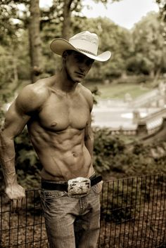 and people wonder why i like cowboys...