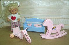 Träumerle Paradies Puppe 12,5 cm Schaukelpferd Dreirad Bank Geschirr 70er/80er J