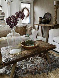 Interior Living Room Design Trends for 2019 - Interior Design Country Decor, Farmhouse Decor, Interior Styling, Interior Design, Modern Rustic Decor, Small Room Bedroom, Rustic Interiors, Beautiful Interiors, Decor Styles