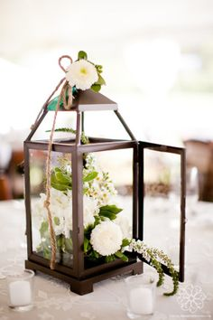Lantern Centerpiece | Flowers by Enchanted Florist, photo by Jen and Chris Creed
