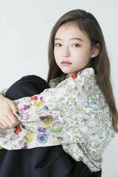 Black Kids Fashion, Asian Kids, Beautiful Little Girls, Idol, Alice, Selfie, Beauty, Tumblr Outfits, Beleza