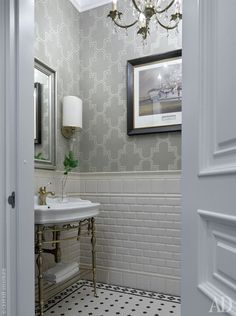 If there is one room in your home that deserves a little extra detail, it's the bathroom. Use our board to get inspiration on how to style your powder room, master toilet or ensuite. Bathroom Vanity Designs, Bathroom Interior Design, Modern Bathroom, Small Bathroom, Bathroom Ideas, Double Bathroom Vanities, Bath Ideas, Bathroom Organization, Bathroom Storage