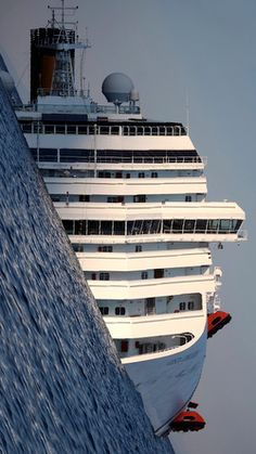 Costa Concordia...This picture is remarkable.