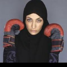Knock em out the box Sis! Modest Dresses, Modest Outfits, Turban, Muslim Images, Sports Hijab, Islam Women, 2016 Fashion Trends, Islamic Fashion, Muslim Girls