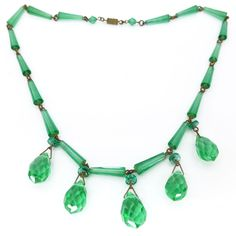 Vintage Art Deco Faceted Green Glass Drop Necklace | Clarice Jewellery | Vintage Costume Jewellery