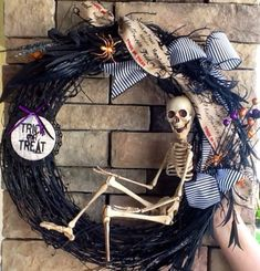skelton wreaths | Halloween Wreath Skeleton Wreath Scary Wreath by SewSimple4you