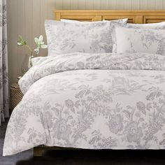 32 Of The Best Duvet Covers You Can Get On Amazon Best Bedding Sets, Luxury Bedding Sets, Duvet Sets, Duvet Cover Sets, Modern Bedding, Green Duvet Covers, Best Duvet Covers, Master Suite, Master Bedroom